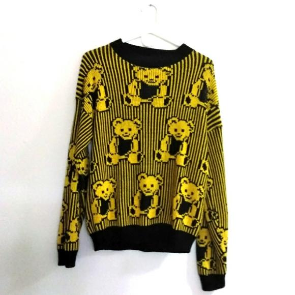 Vintage Sweaters - Vintage Adele Bear Sweater